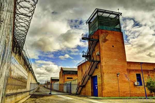 监狱防御系统 保社会一方安定